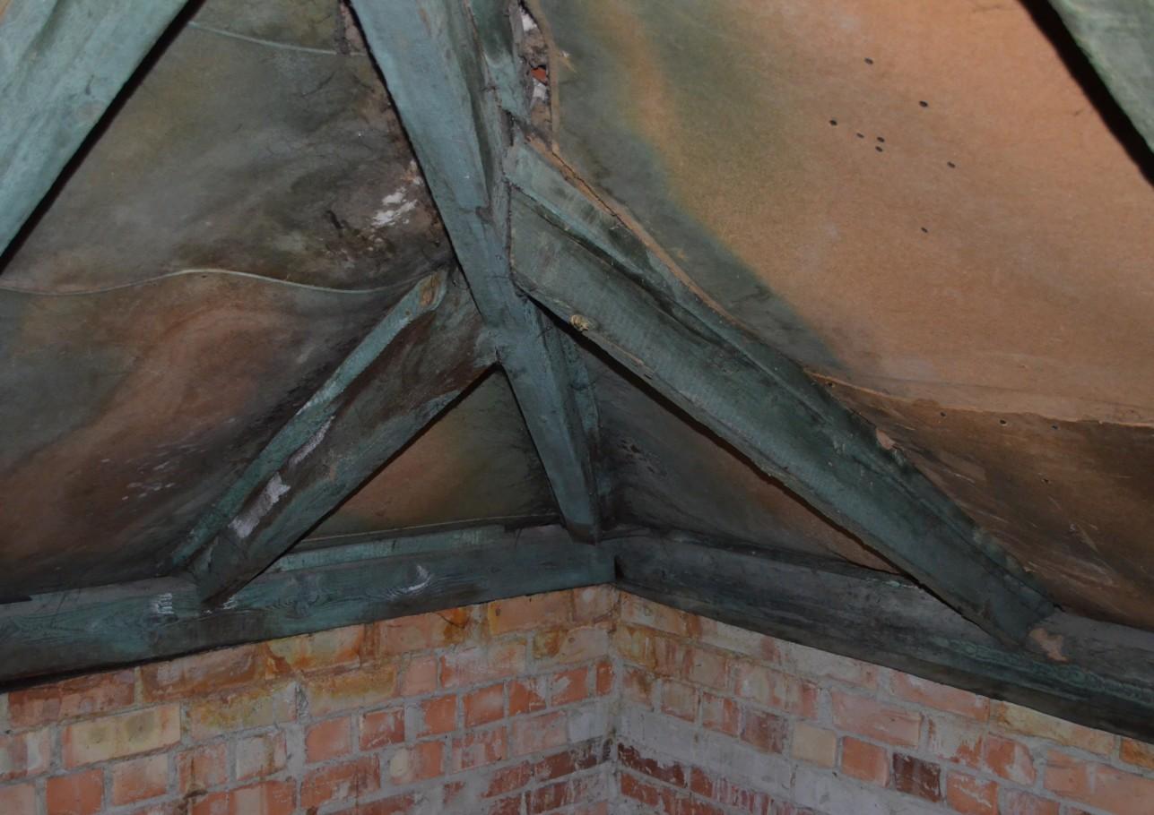 Šlaitinių stogų renovacija 2